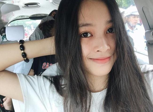 """Soi mặt mộc của các Hoa hậu Việt: H'Hen Niê đã """"đỉnh"""" lắm rồi nhưng vẫn thua đàn em này - Ảnh 9."""