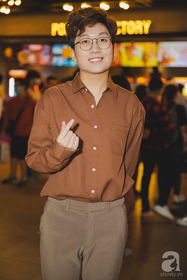 """Hương Giang ăn mặc đơn giản xuất hiện tình cảm bên """"mỹ nam"""" Tuấn Trần - Ảnh 8."""