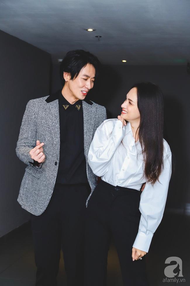 """Hương Giang ăn mặc đơn giản xuất hiện tình cảm bên """"mỹ nam"""" Tuấn Trần - Ảnh 3."""