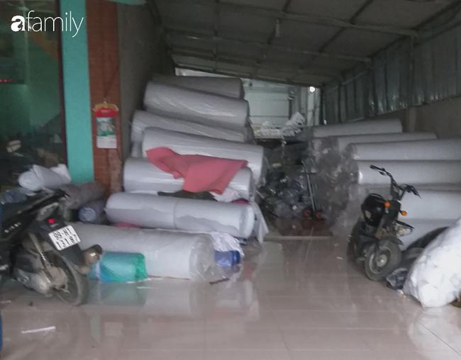 """Mua bán khẩu trang tại làng sản xuất ở Bắc Ninh """"lên xuống"""" từng giờ như giá vàng - Ảnh 5."""