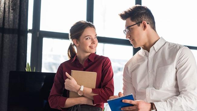 Nghiên cứu khoa học cho thấy: Tán tỉnh đồng nghiệp thực ra lại rất tốt cho tinh thần, giảm căng thẳng và giúp chị em hạnh phúc hơn!  - Ảnh 4.