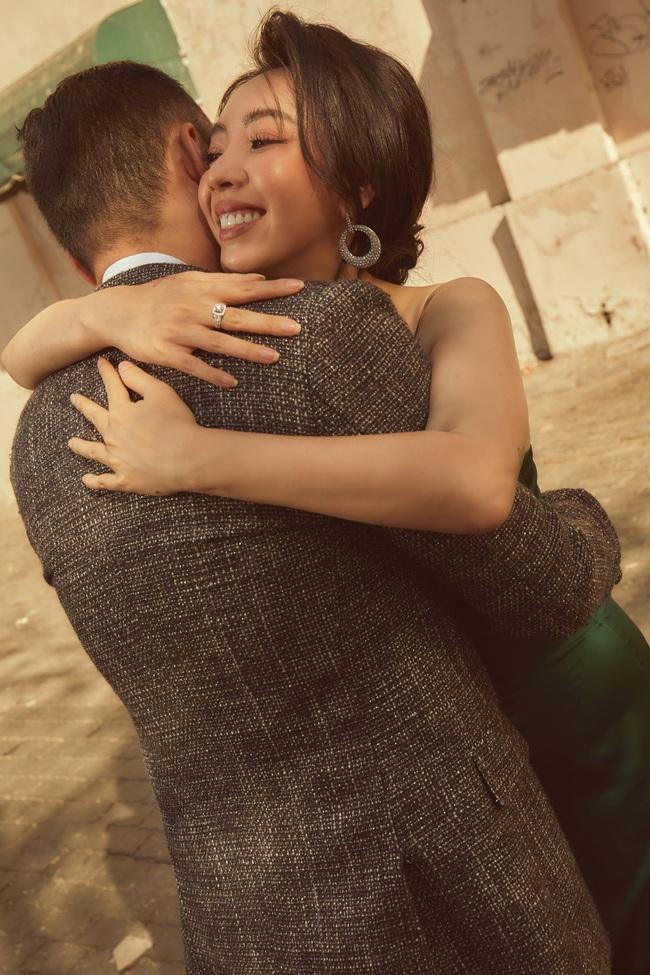 Đón Valentine sau 9 năm chung sống, Thu Trang - Tiến Luật kể về đám cưới: Phát sinh 150 khách không biết từ đâu tới  - Ảnh 9.