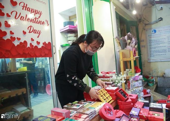 Socola cho ngày Valentine 14/2: Chị em có thực sự thích hoa, quà xịn hay chỉ cần đơn giản là đủ? - Ảnh 13.