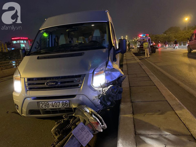 Hà Nội: Người đàn ông đi xe máy bị văng xuống đường tử vong sau khi va chạm với ô tô - Ảnh 1.
