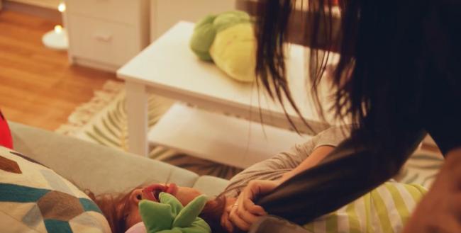 """""""Sắc đẹp dối trá"""": Hé lộ cảnh Hương Giang đánh """"Hân tiểu tam"""" tơi bời, túm tóc đấm vào mặt liên tục - Ảnh 3."""