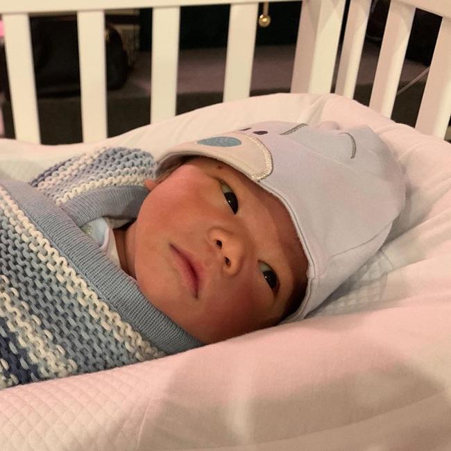 """Mới gần 3 tháng tuổi, con trai siêu mẫu Lan Khuê đã được """"thừa kế"""" món tài sản bất ngờ từ mẹ - Ảnh 5."""