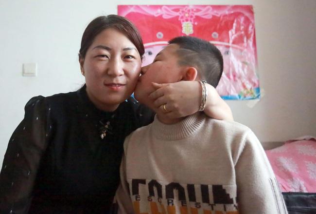 10 năm đi tìm con trai bị bắt cóc, người đàn ông đã đi qua hơn một nửa Trung Quốc và giúp đỡ 8 gia đình thất lạc người thân - Ảnh 4.