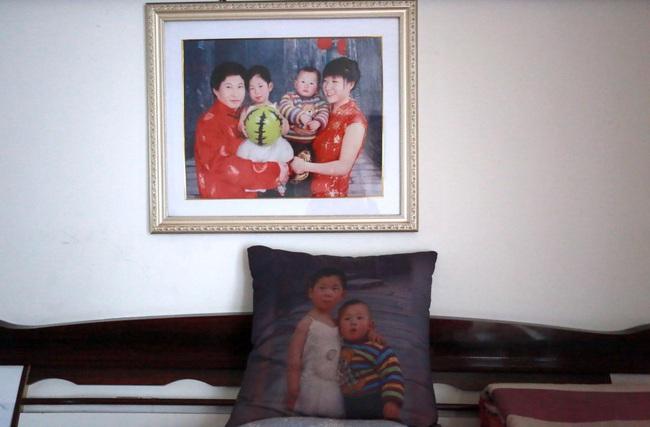 10 năm đi tìm con trai bị bắt cóc, người đàn ông đã đi qua hơn một nửa Trung Quốc và giúp đỡ 8 gia đình thất lạc người thân - Ảnh 1.