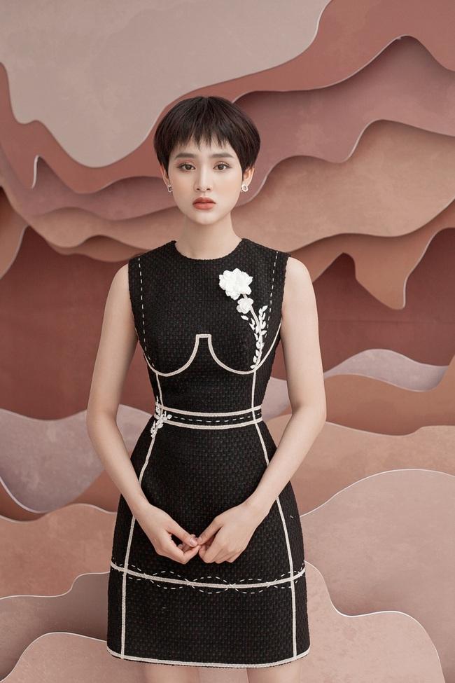 Hiền Hồ: Từ cô gái bị Tóc Tiên bỏ rơi ở The Voice đến mỹ nữ tạo hit của showbiz, khiến Trường Giang - Trấn Thành mê mẩn - Ảnh 8.