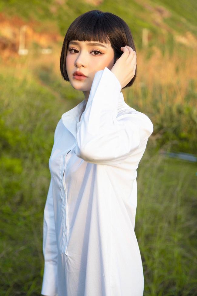 Hiền Hồ: Từ cô gái bị Tóc Tiên bỏ rơi ở The Voice đến mỹ nữ tạo hit của showbiz, khiến Trường Giang - Trấn Thành mê mẩn - Ảnh 5.