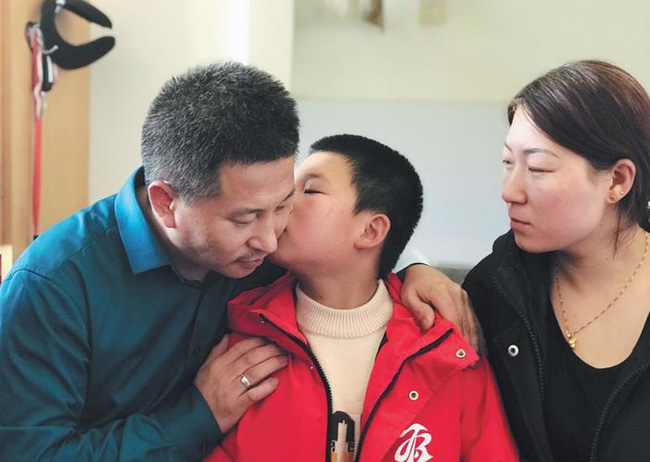 10 năm đi tìm con trai bị bắt cóc, người đàn ông đã đi qua hơn một nửa Trung Quốc và giúp đỡ 8 gia đình thất lạc người thân - Ảnh 7.