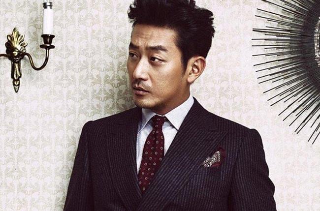 """NÓNG: Cảnh sát chính thức tuyên bố nam tài tử """"Người Hầu Gái"""" Ha Jung Woo bị điều tra vì tội sử dụng chất cấm - Ảnh 1."""