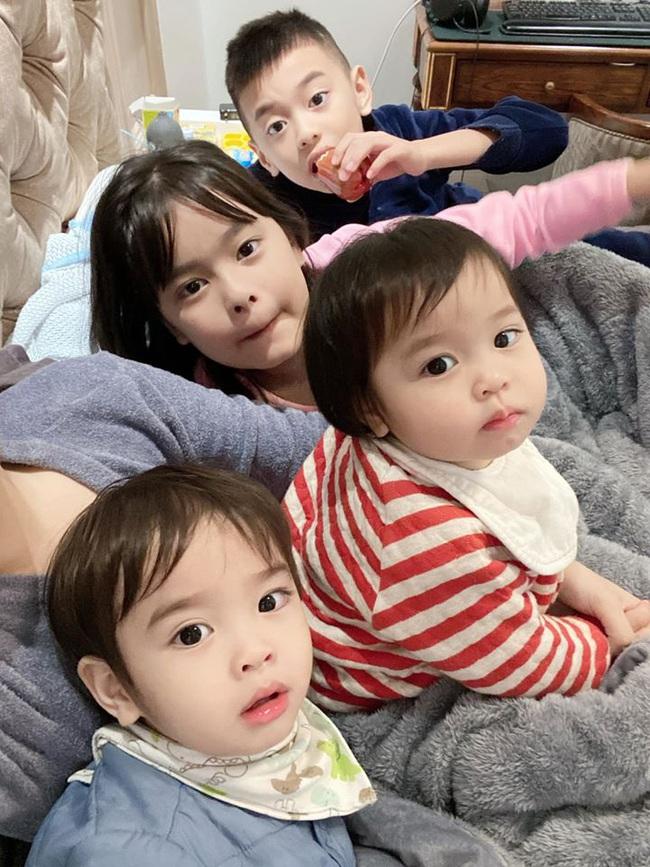 """Cuối tuần của các hot mom: Hằng Túi tiết lộ cuộc sống bé Peter sau khi tách khỏi Bella, vợ chồng Heo Mi Nhon sang Nhật """"trốn"""" corona - Ảnh 1."""