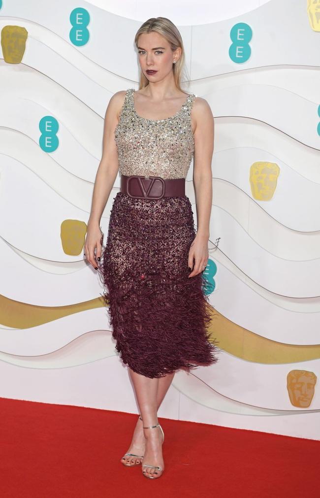 """Thảm đỏ BAFTA lần thứ 73: Vợ chồng Công nương Kate Middleton bị con gái Johnny Depp chiếm toàn bộ """"spotlight"""" vì màn hở bạo - Ảnh 10."""