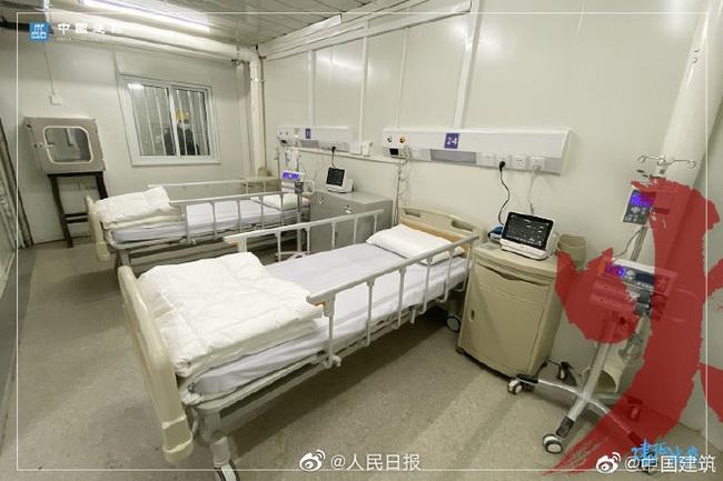 Bệnh viện chuyên trị corona tại Vũ Hán chính thức hoạt động từ hôm nay: Thành quả từ 10 ngày 10 đêm làm việc liên tục của hàng nghìn công nhân - Ảnh 9.