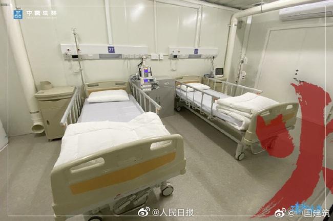 Bệnh viện chuyên trị corona tại Vũ Hán chính thức hoạt động từ hôm nay: Thành quả từ 10 ngày 10 đêm làm việc liên tục của hàng nghìn công nhân - Ảnh 10.