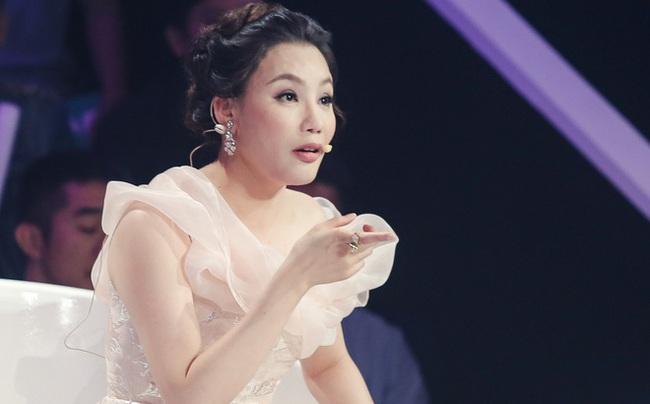 Hồ Quỳnh Hương tức giận chỉ trích đồng nghiệp xem thường khi mang trợ lý ra hát tập với cô - Ảnh 4.