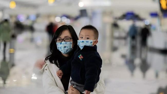 """Bác sĩ Nhi giải đáp 10 câu hỏi """"xoắn não"""" liên quan đến virus corona cho các mẹ bỉm sữa - Ảnh 2."""