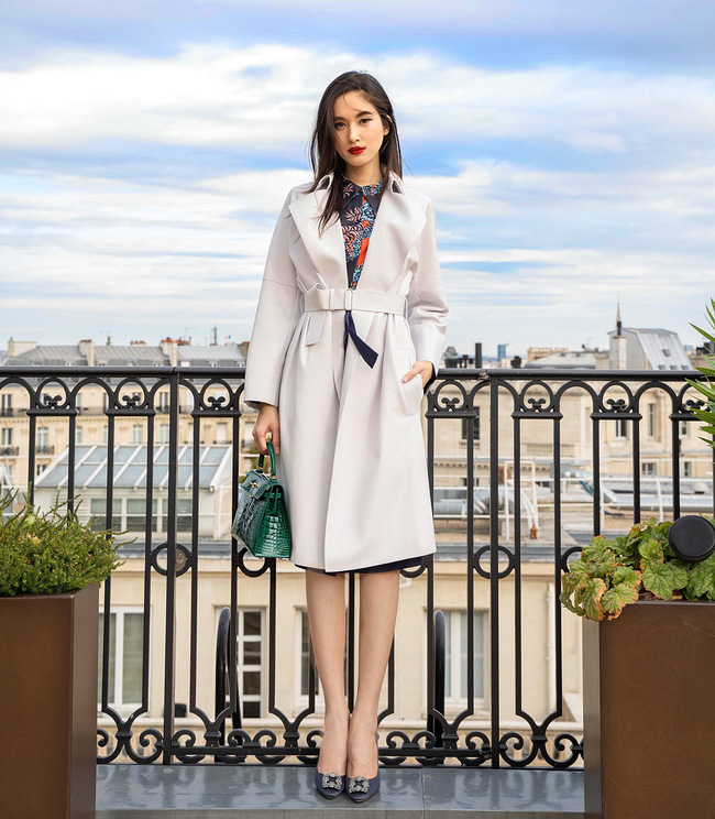 Hoa hậu Hương Giang chính thức vượt mặt Nong Poy trở thành người đẹp chuyển giới nổi nhất mạng xã hội Instagram - Ảnh 4.