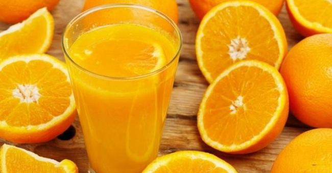 Uống nước cam hay uống nhiều viên vitamin C có giúp chống được virus corona không? - Ảnh 4.