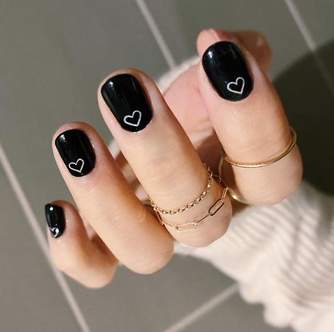 Gợi ý 14 bộ nail xinh yêu hết cỡ cho dịp Valentine, bạn mà diện thì đảm bảo cầm tay thôi cũng chiếm trọn trái tim chàng - Ảnh 13.