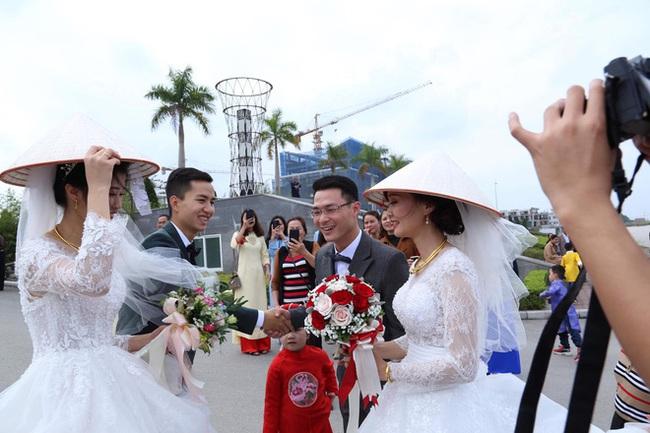 Đang chụp ảnh cưới trên đường thì gặp đoàn rước dâu khác, cô dâu - chú rể liền có hành động đặc biệt khiến nhiều người bất ngờ - Ảnh 4.
