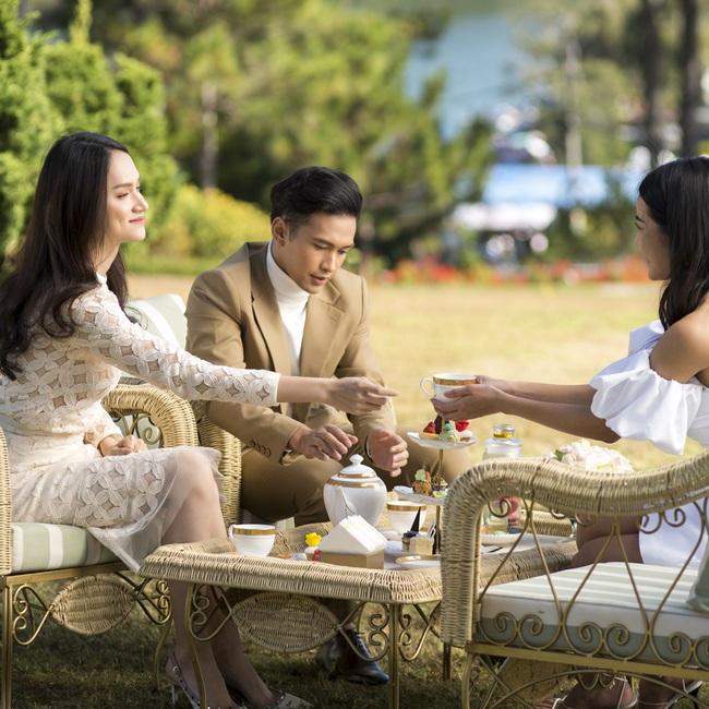 """Khán giả hả hê với màn trả thù đầy ngoạn mục của Hương Giang dành cho Hân """"tiểu tam"""" trong phần cuối của #ADDODA - Ảnh 3."""