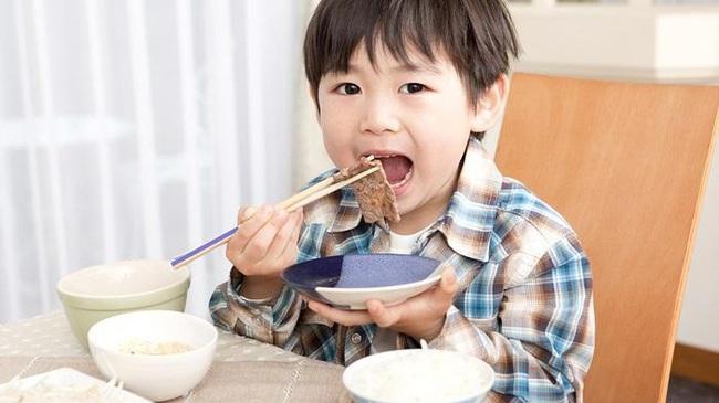 """Thời kỳ dịch bệnh, bố mẹ cần bổ sung chế độ ăn thế nào để xây dựng """"lá chắn Corona"""" cho con? - Ảnh 6."""
