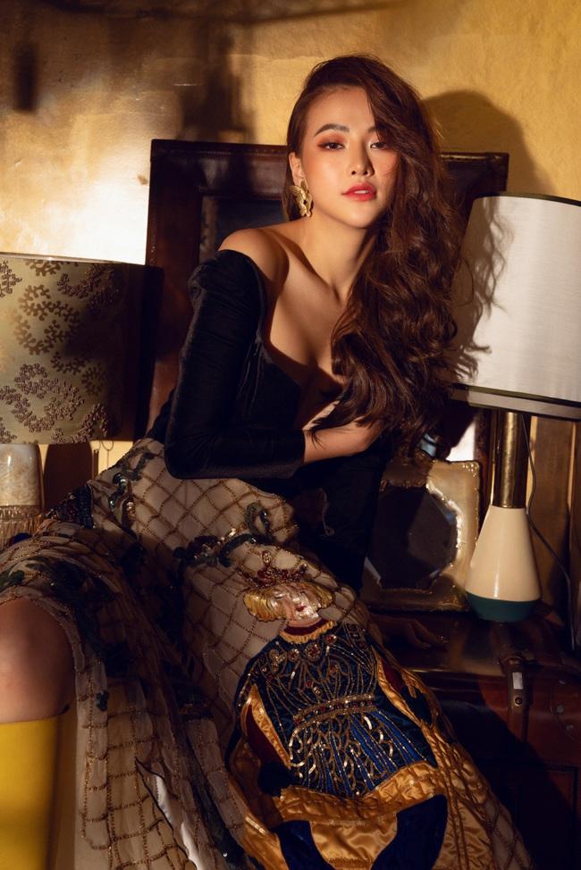 Hoa hậu Phương Khánh hóa công chúa cổ tích nhân ngày đầu năm - Ảnh 2.