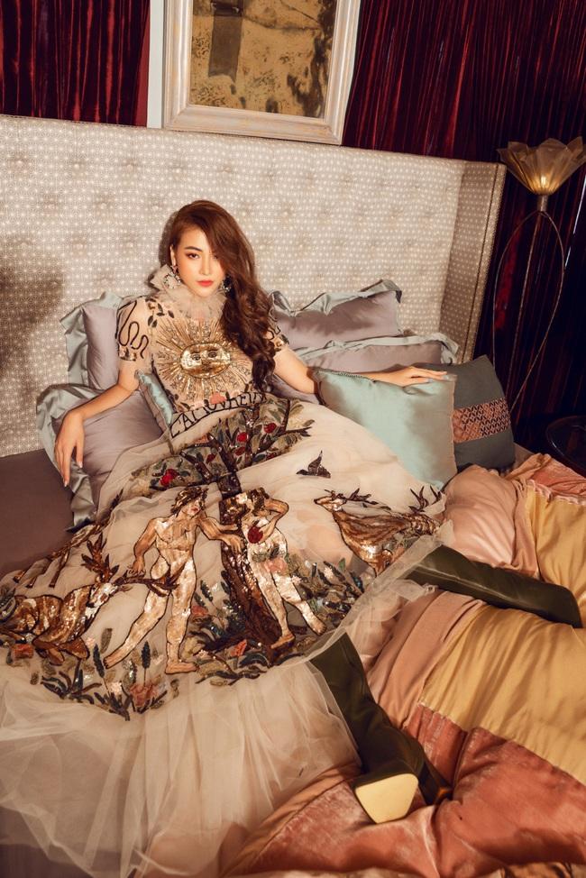 Hoa hậu Phương Khánh hóa công chúa cổ tích nhân ngày đầu năm - Ảnh 8.