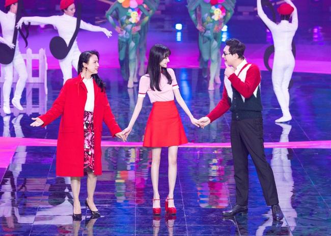 Lộ clip Trịnh Sảng nhảy múa cực yêu ở hậu trường, xinh đẹp rực rỡ như chưa hề có ồn ào chia tay thiếu gia, mất 67 tỷ - Ảnh 5.