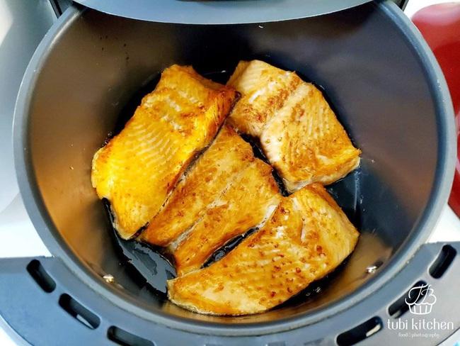 Hot Mom Huỳnh Phương Trang chia sẻ loạt bí quyết và món ăn cực đỉnh từ nồi chiên không dầu - Ảnh 3.