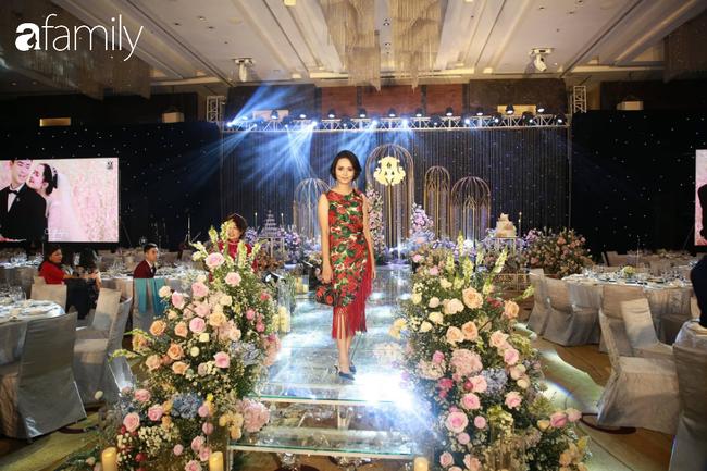 Chị gái Quỳnh Anh: Mặc đẹp không trượt set nào từ ăn hỏi đến lễ cưới của em gái, nhan sắc cùng khí chất lại càng xuất sắc miễn bàn - Ảnh 5.