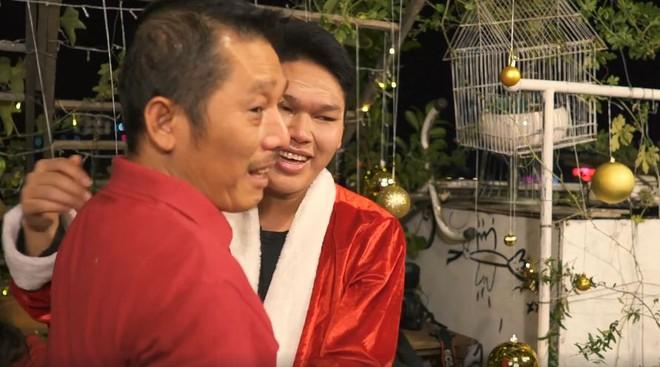 Món quà giáng sinh bất ngờ của Phương Vy Idol dành cho cha mẹ khiến nhiều người xúc động - Ảnh 2.