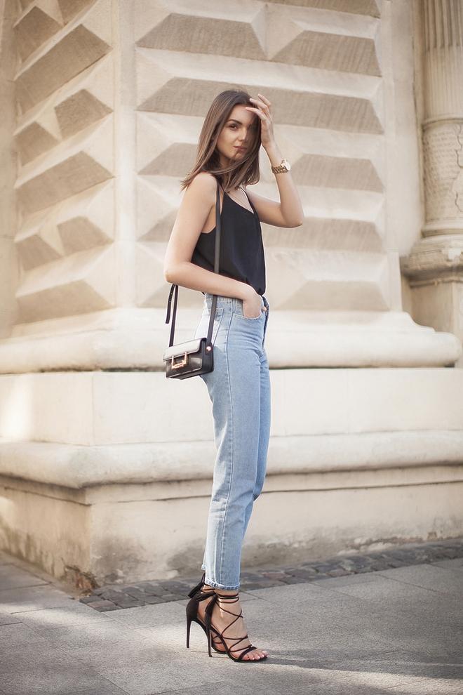 5 kiểu áo hè cứ diện cùng jeans/legging là chỉ có đẹp trở lên - Ảnh 3.