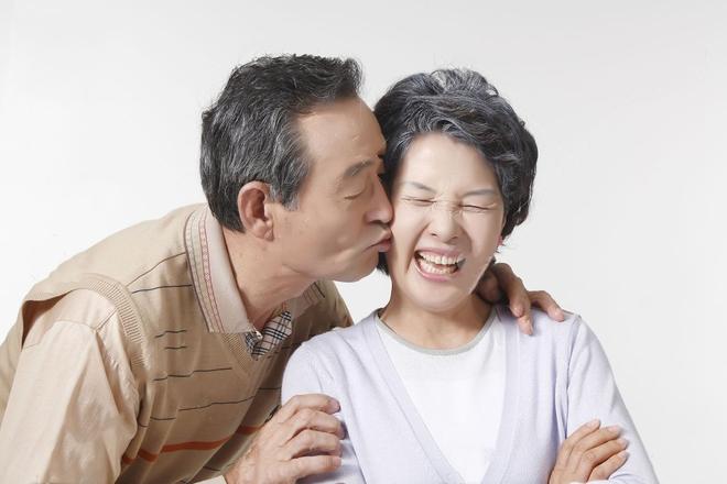 Chồng im ru ngày 20/10, nàng hãy khéo gửi ngay 15 ý tưởng quà tặng lãng mạn này để anh ấy chuẩn bị nhé! - Ảnh 10.