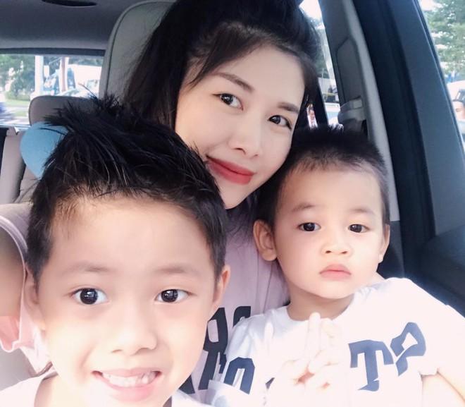 Thủy Anh - vợ ca sĩ Đăng Khôi, cựu hot girl đình đám một thời nay đã thành mẹ 2 con sang chảnh - Ảnh 16.