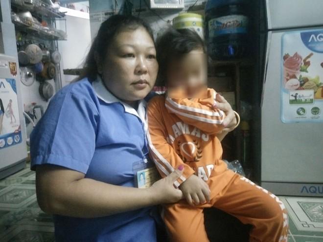 Bé gái 4 tuổi bị bạo hành ở Mầm Xanh tiếp tục có dấu hiệu bị đánh đập ở cơ sở giữ trẻ mới - Ảnh 2.