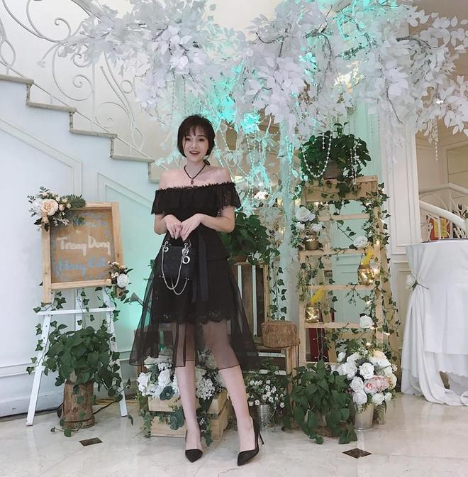 Sắp 30 đến nơi, cựu hot girl Ngọc Mon vẫn trẻ trung sành điệu, hưởng thụ cuộc sống viên mãn bên chồng kém tuổi - Ảnh 19.