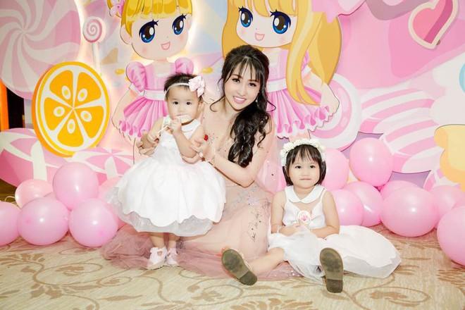 Đăng Thư - cựu hot girl Sài thành 10 năm trước nay đã là mẹ 2 con sành điệu, trẻ mãi không già - Ảnh 10.