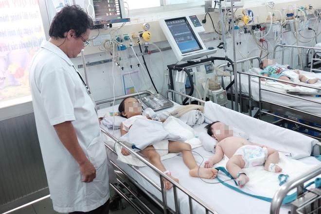 """Trưởng khoa Nhiễm – Thần kinh bệnh viện Nhi Đồng 1: """"Anti vaccine là cực kì nguy hiểm với sinh mạng của trẻ"""" - Ảnh 6."""