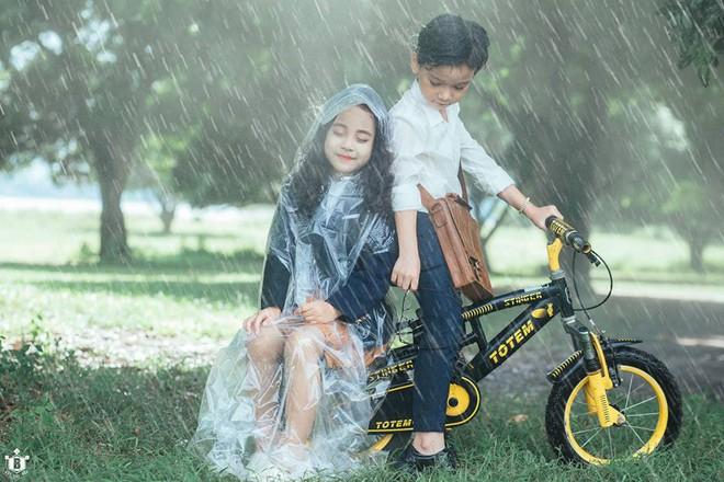 Truy lùng danh tính cặp đôi Em gái mưa phiên bản nhí trong bộ ảnh đang gây bão táp mạng xã hội - Ảnh 10.