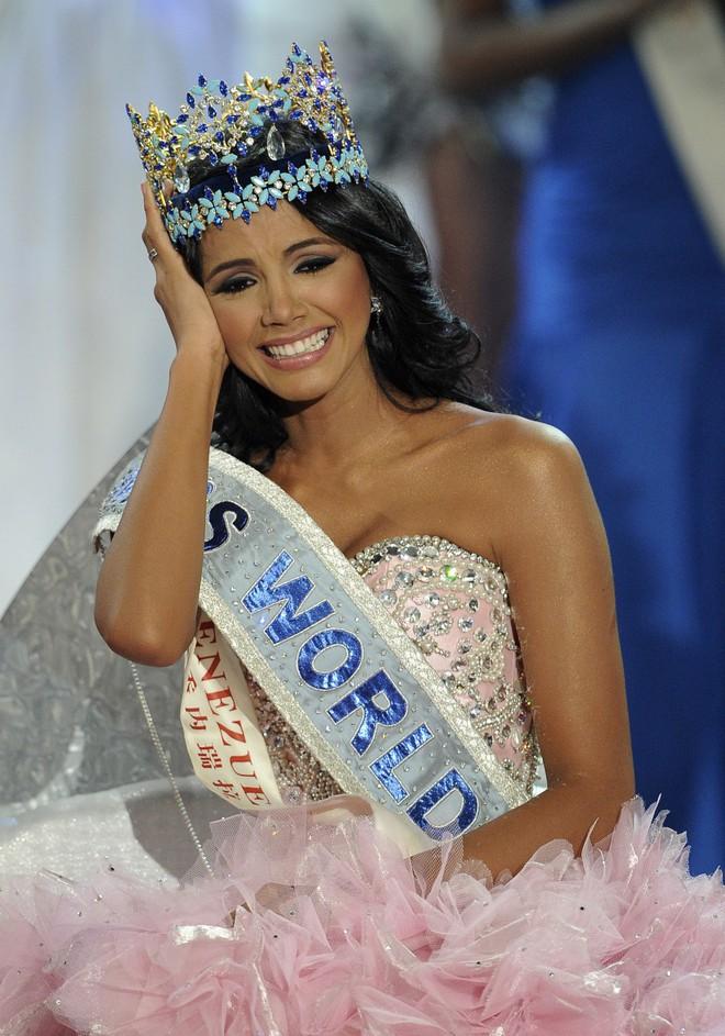 66 năm tổ chức, Miss World hóa ra chỉ là cuộc đua tranh thống trị giữa hai cường quốc nhan sắc Ấn Độ và Venezuela - Ảnh 26.