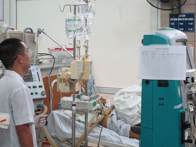 Uống 19 viên paracetamol nam thanh niên bị ngộ độc, suy gan  - Ảnh 1.