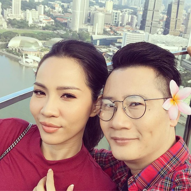 Những người vợ vừa giàu vừa giỏi đứng sau ánh hào quang của các nam nghệ sĩ Việt - Ảnh 5.