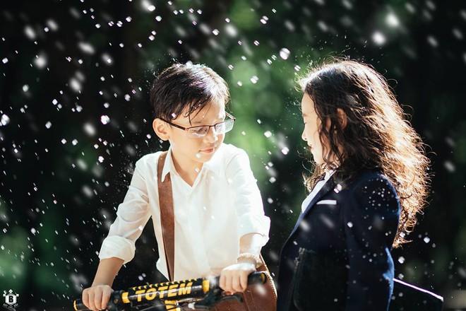 Truy lùng danh tính cặp đôi Em gái mưa phiên bản nhí trong bộ ảnh đang gây bão táp mạng xã hội - Ảnh 2.