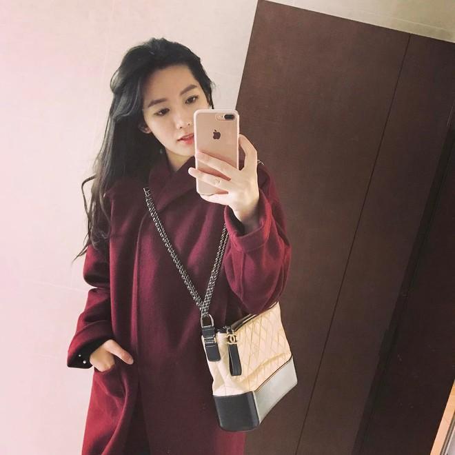 Túi mới của Chanel: Chưa ra mắt được bao lâu đã làm mưa làm gió tủ đồ của loạt sao Hoa ngữ - Ảnh 35.