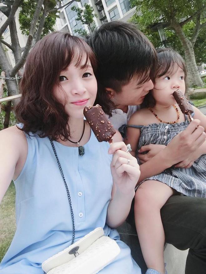 Sắp 30 đến nơi, cựu hot girl Ngọc Mon vẫn trẻ trung sành điệu, hưởng thụ cuộc sống viên mãn bên chồng kém tuổi - Ảnh 4.