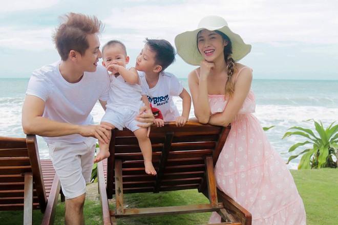 Thủy Anh - vợ ca sĩ Đăng Khôi, cựu hot girl đình đám một thời nay đã thành mẹ 2 con sang chảnh - Ảnh 32.