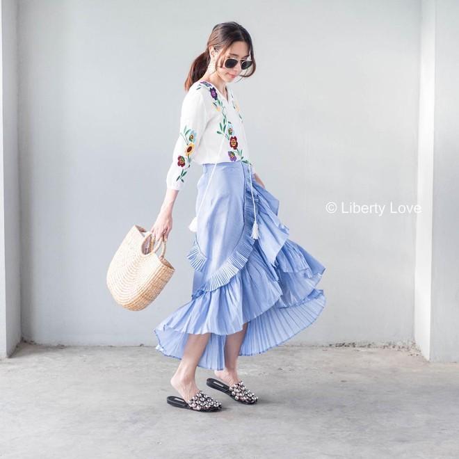 Hè này chân váy toàn những mẫu đã đẹp còn điệu khiến các nàng chẳng thể làm ngơ - Ảnh 4.